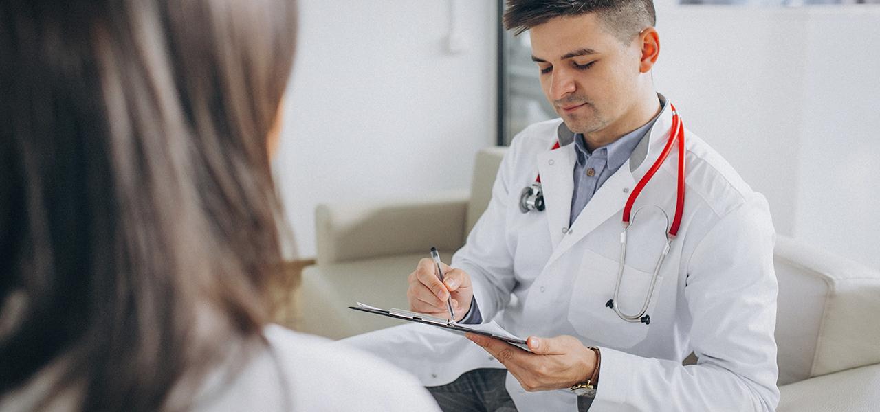 12. ¿Puedo ir a cualquier médico con mi seguro de gastos médicos?