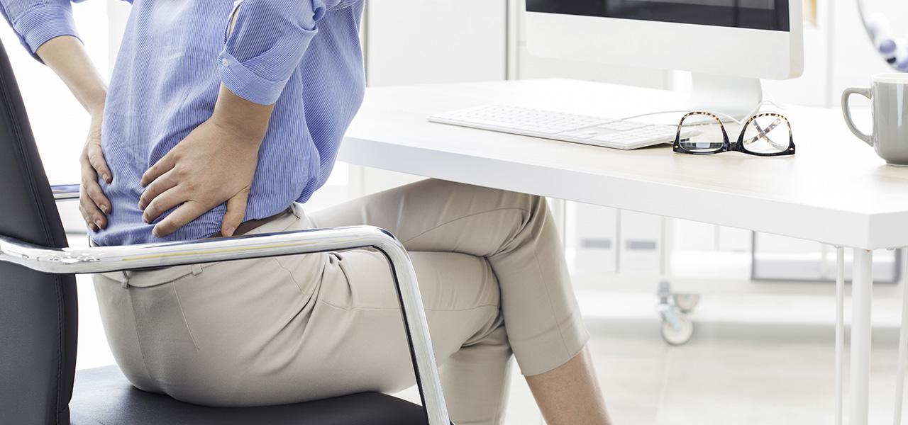 ¿Dolores frecuentes en la espalda? Descubre las causas